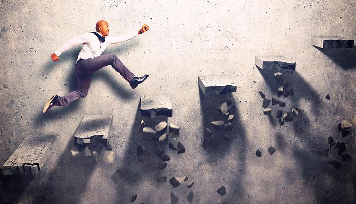 Dicas e práticas eficientes para superar a crise financeria