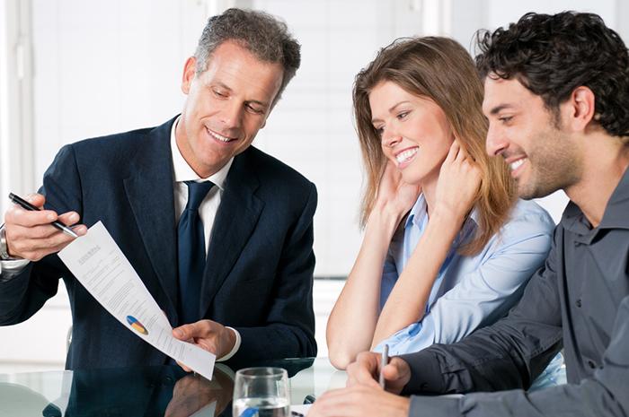 Qual a diferença entre público-alvo, buyer persona e cliente ideal?